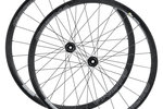 Paire de roues Corima 30.5mm GRAVEL DX TLR                                      (tubeless ready), freins à disque Center Lock                                   Thru Axle, 1550gr.